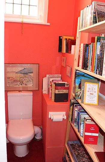 loo library